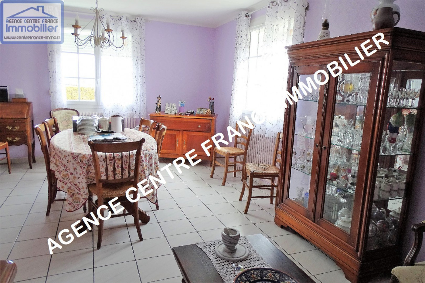 A vendre La Chapelle Saint Ursin 030011120 Agence centre france immobilier