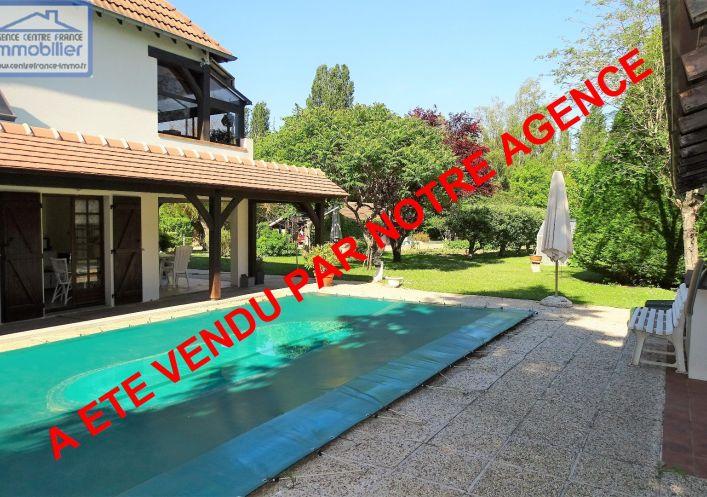 A vendre La Chapelle Saint Ursin 030011370 Agence centre france immobilier