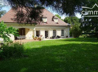 A vendre Neuilly Le Real 030031874 Portail immo