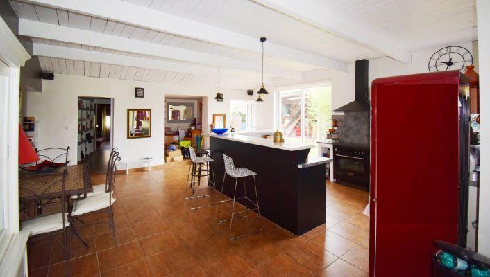 A vendre Saint Priest Bramefant 030045367 Vichy jeanne d'arc immobilier