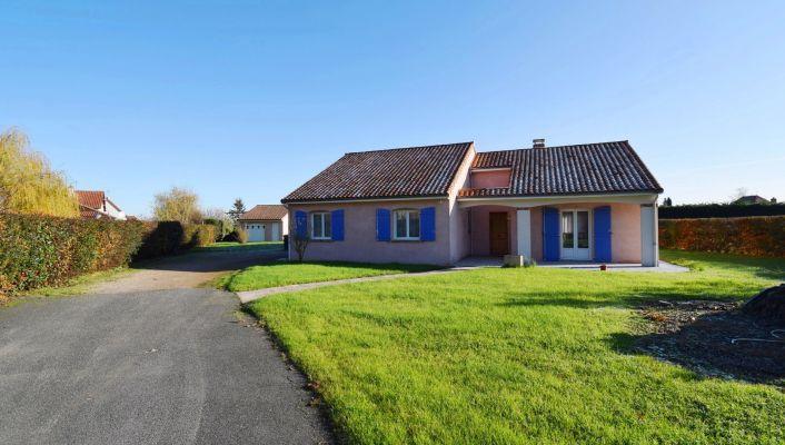 A vendre Cognat Lyonne 030045442 Vichy jeanne d'arc immobilier