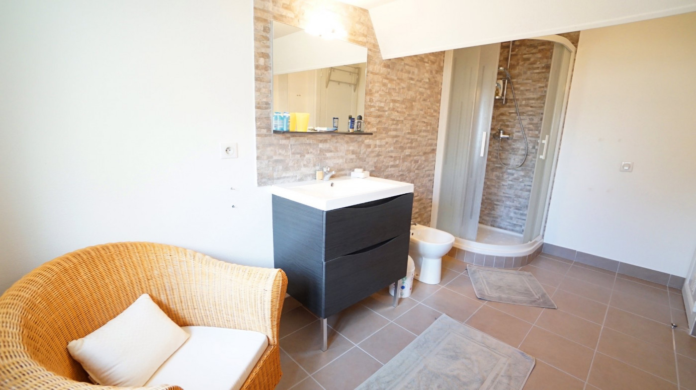 A vendre Vichy 030045462 Vichy jeanne d'arc immobilier