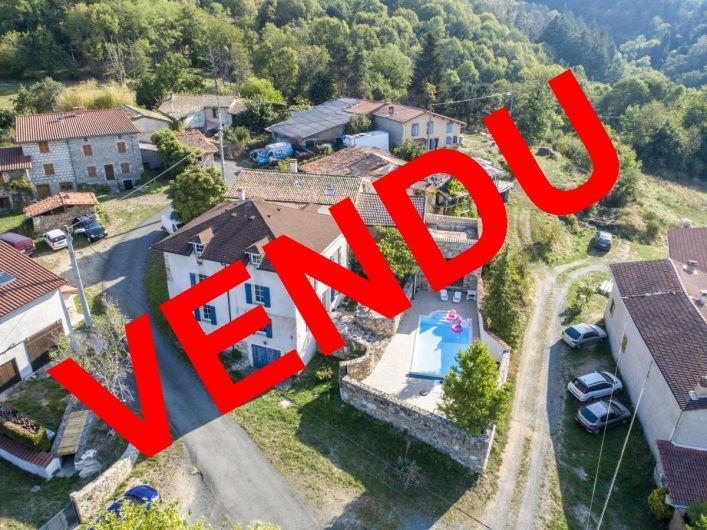 A vendre Maison de caract�re Vollore Ville | R�f 03007664 - Auvergne properties