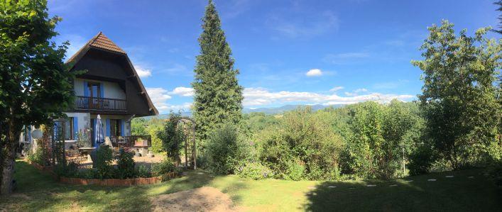 A vendre Maison de caract�re Marat | R�f 03007773 - Auvergne properties