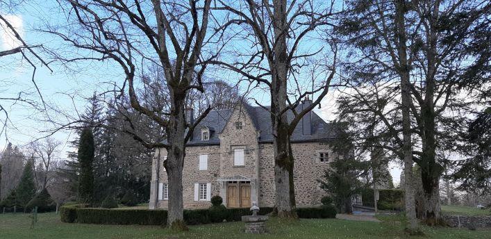A vendre Ch�teau Marcenat | R�f 03007839 - Auvergne properties