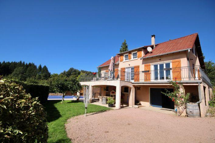 A vendre Maison Chatel Montagne | R�f 03007855 - Auvergne properties