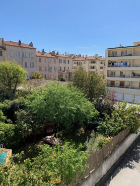 A vendre  Toulon | Réf 05001472 - Cabinet isp
