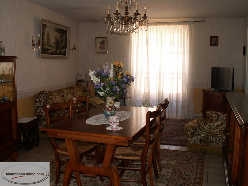 A vendre  Arnay Le Duc | Réf 0600710338 - Monreseau-immo.com