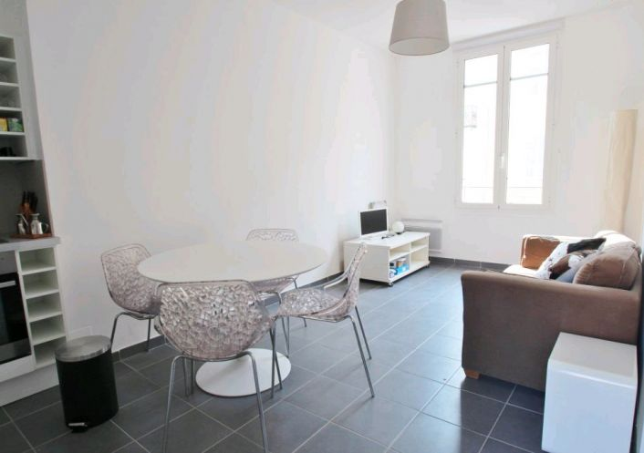 A louer Appartement rénové Nice | Réf 060182288 - Confiance immobilière