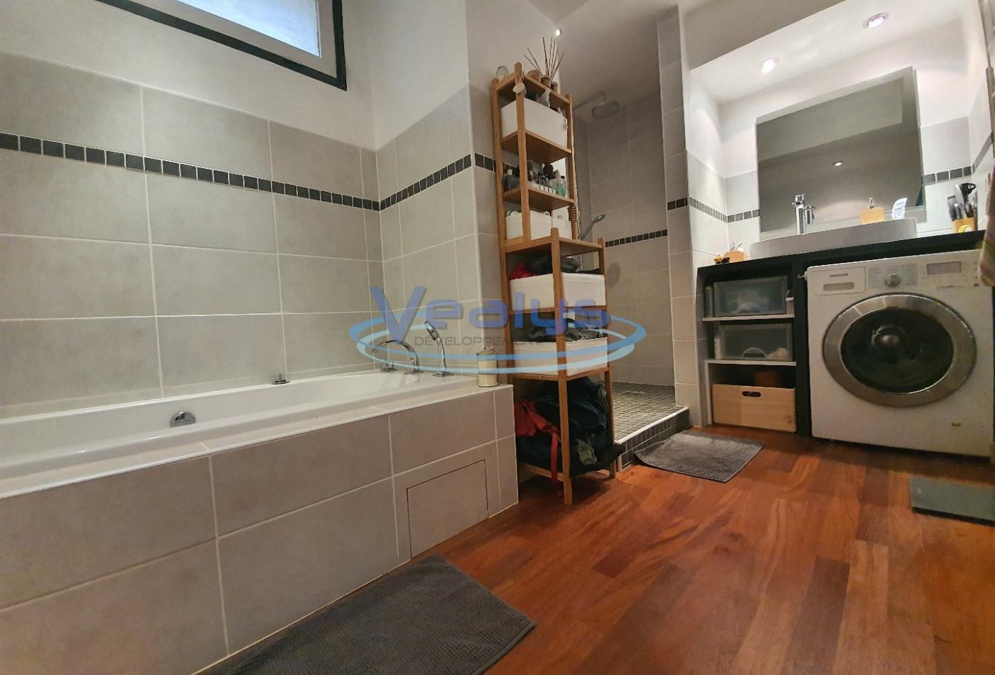 A vendre Nice 060201121 Vealys