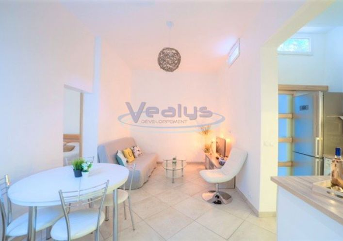 A vendre Nice 060201595 Vealys