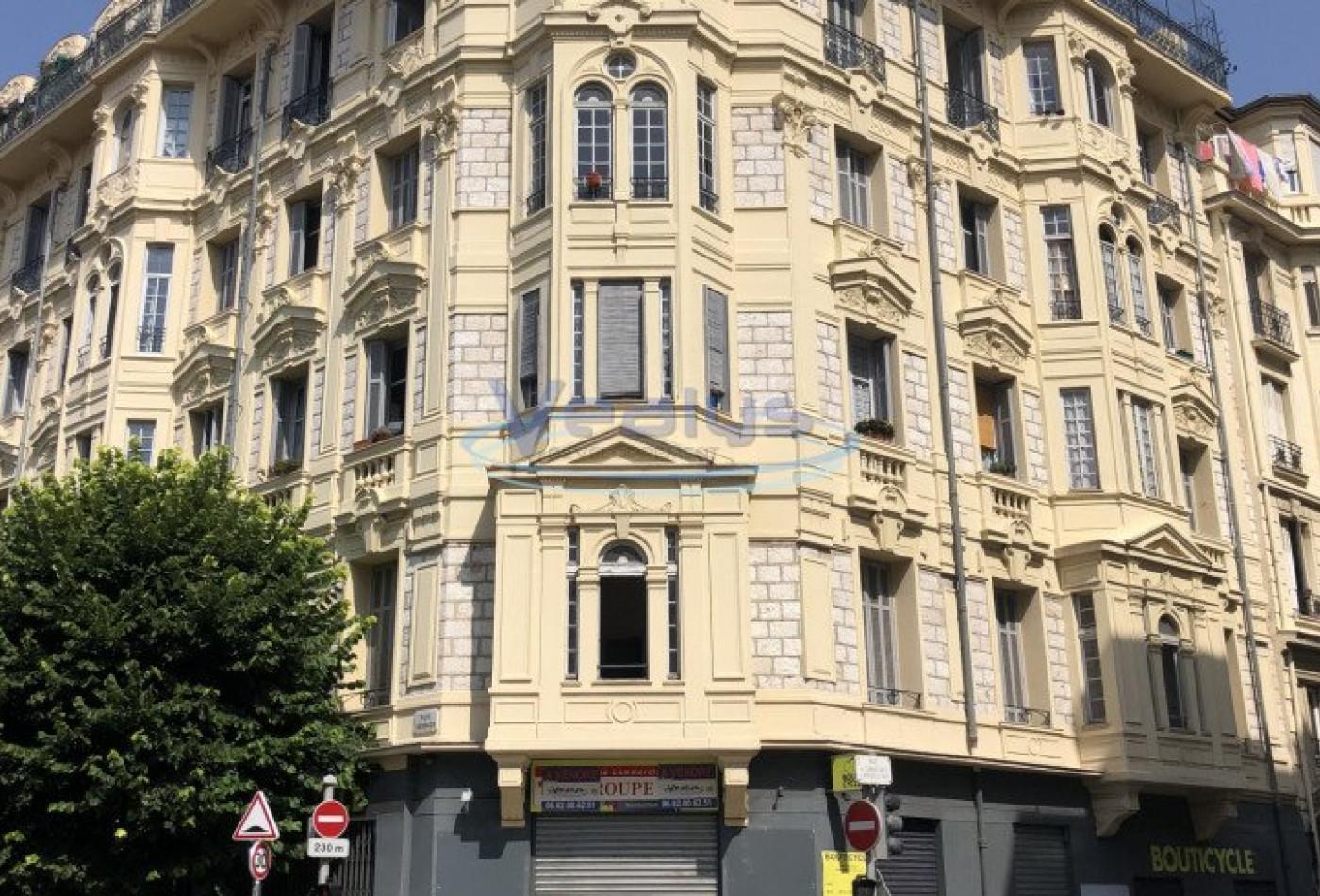 A vendre  Nice   Réf 060203084 - Vealys