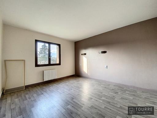 A vendre  Ruoms   Réf 070011804 - Agence tourre