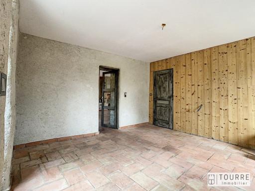 A vendre  Uzer | Réf 070091801 - Agence tourre