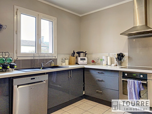 A vendre  Vesseaux | Réf 070091825 - Agence tourre