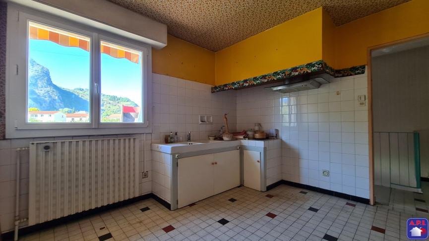 A vendre  Tarascon Sur Ariege   Réf 0900412963 - Agence api