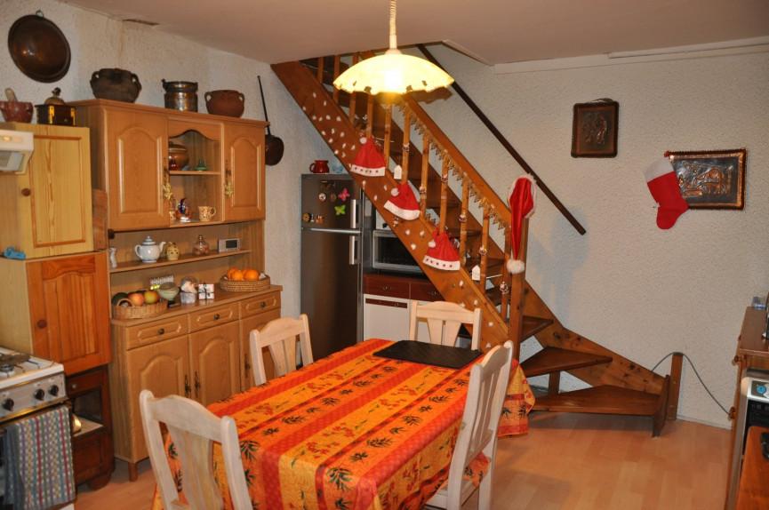 A vendre  Escales | Réf 1101918608 - Lezimmo