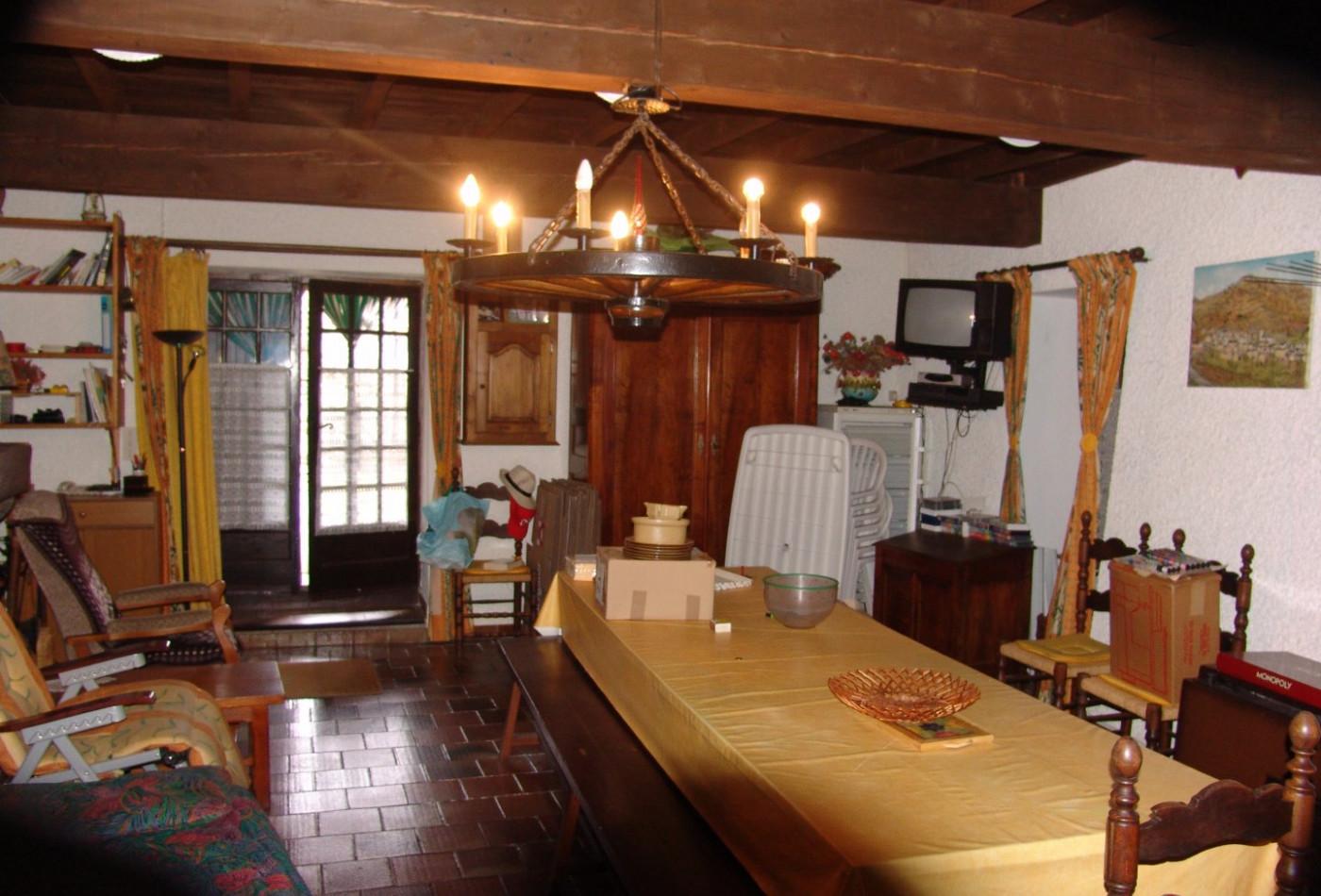 A vendre  Mijanes   Réf 11027848 - M&m immobilier