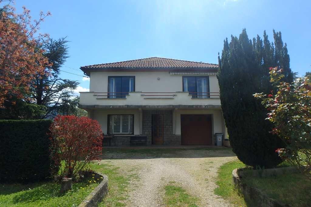 Maison en vente millau sga immobilier for Achat maison 31