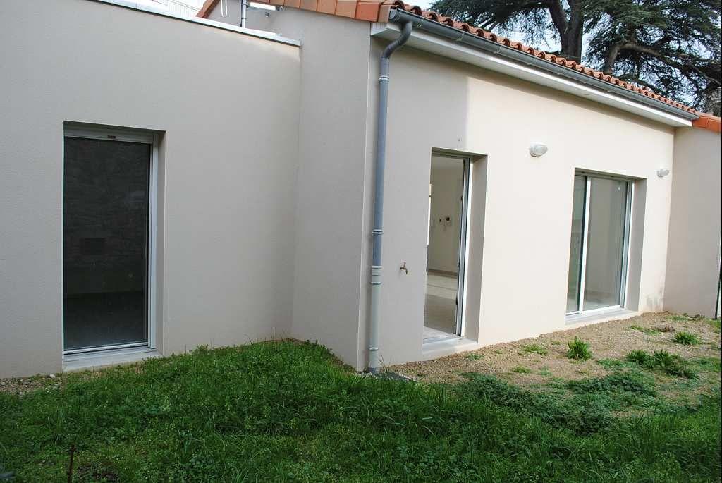 appartement en vente villefranche de rouergue rf 12005314 point habitat. Black Bedroom Furniture Sets. Home Design Ideas