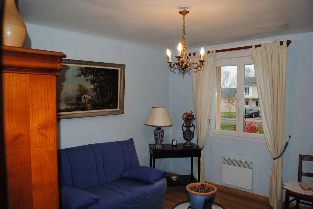 maison en vente lanuejouls rf 12005419 point habitat. Black Bedroom Furniture Sets. Home Design Ideas