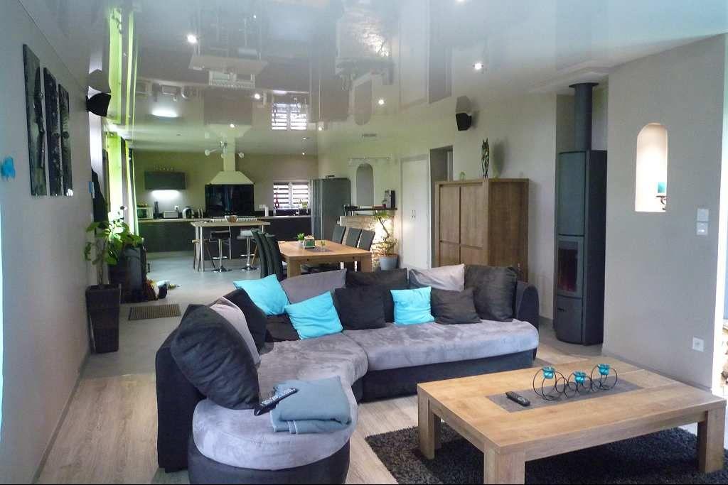 maison en pierre en vente rodez rf 12005447 point habitat. Black Bedroom Furniture Sets. Home Design Ideas
