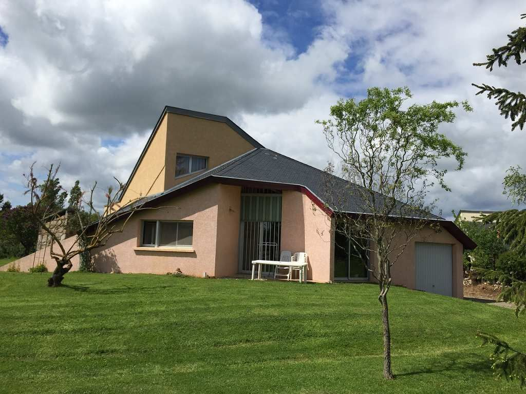 maison en vente sebazac concoures rf 12005459 point habitat. Black Bedroom Furniture Sets. Home Design Ideas