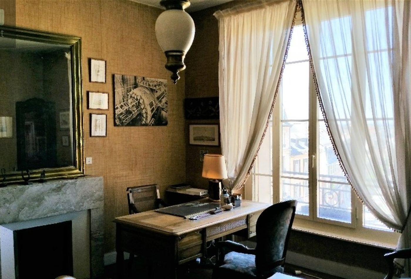 vente appartement rodez 140m 5 pi ces 297 000. Black Bedroom Furniture Sets. Home Design Ideas