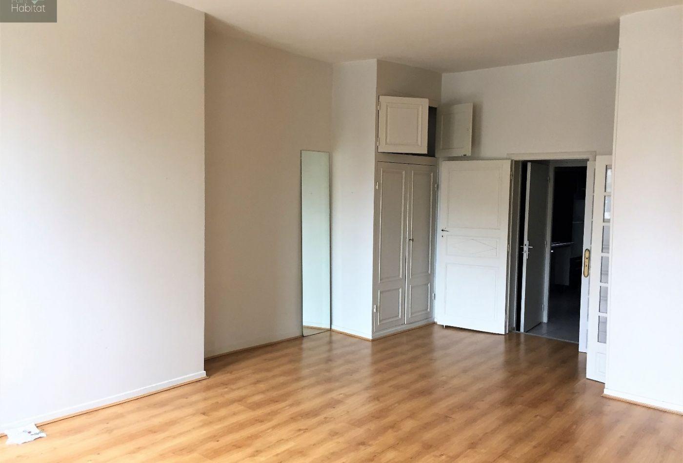 vente appartement rodez 85m 3 pi ces 169 000. Black Bedroom Furniture Sets. Home Design Ideas