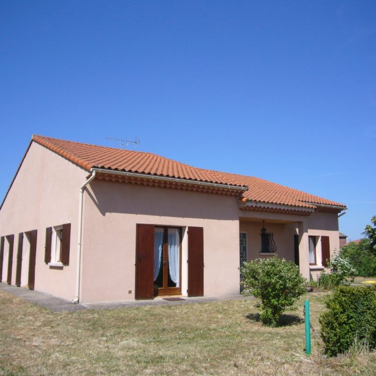 A vendre Rebourguil  120061621 Hubert peyrottes immobilier