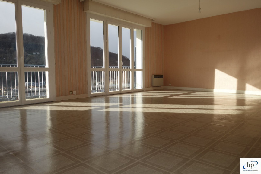 A vendre Saint Affrique 120061750 Hubert peyrottes immobilier