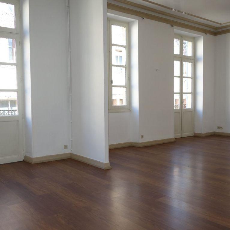 A vendre Saint Affrique  120061776 Hubert peyrottes immobilier