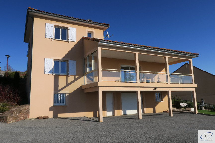 A vendre Rebourguil 120062080 Hubert peyrottes immobilier