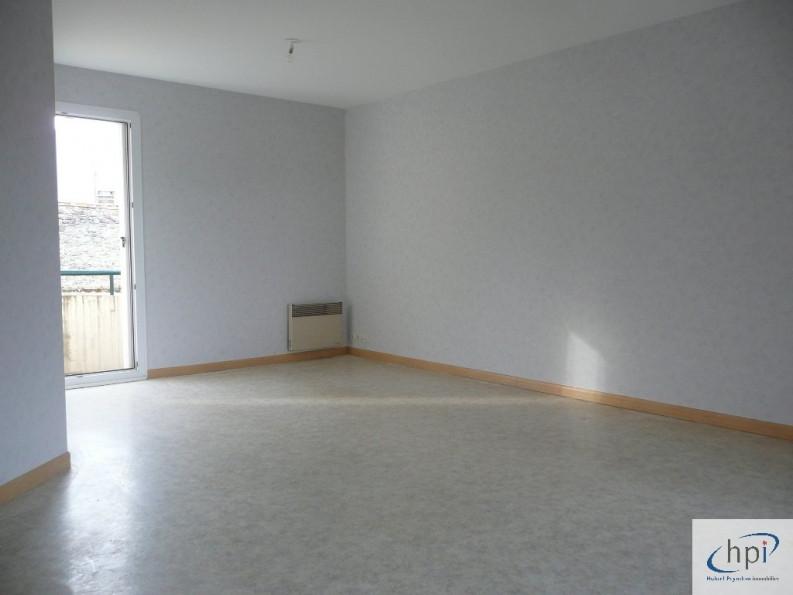 A vendre  Saint Affrique   Réf 120062353 - Hubert peyrottes immobilier