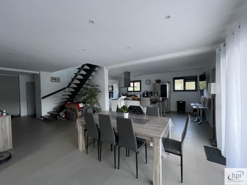 A vendre  Saint Affrique   Réf 120062366 - Hubert peyrottes immobilier