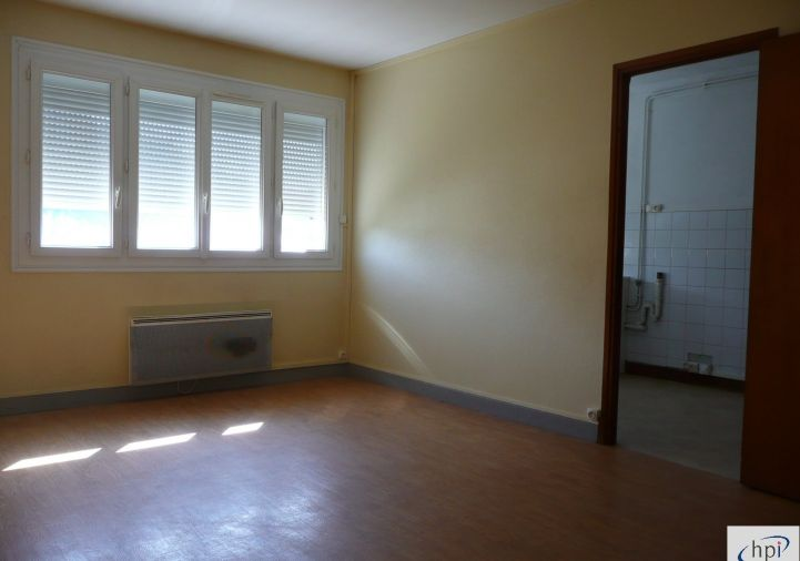 A louer Appartement Saint Affrique | Réf 120062394 - Hubert peyrottes immobilier