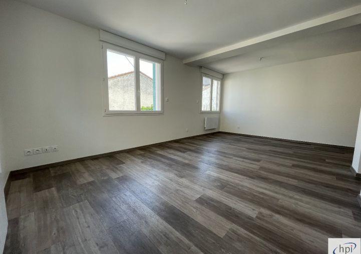 A louer Appartement Saint Affrique | Réf 120062467 - Hubert peyrottes immobilier