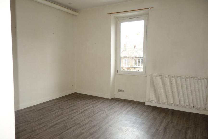 A louer Saint Affrique 12006342 Hubert peyrottes immobilier