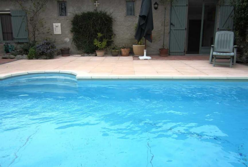 Maison en vente montreal rf 1200813428 selection habitat for Vente piscine montreal
