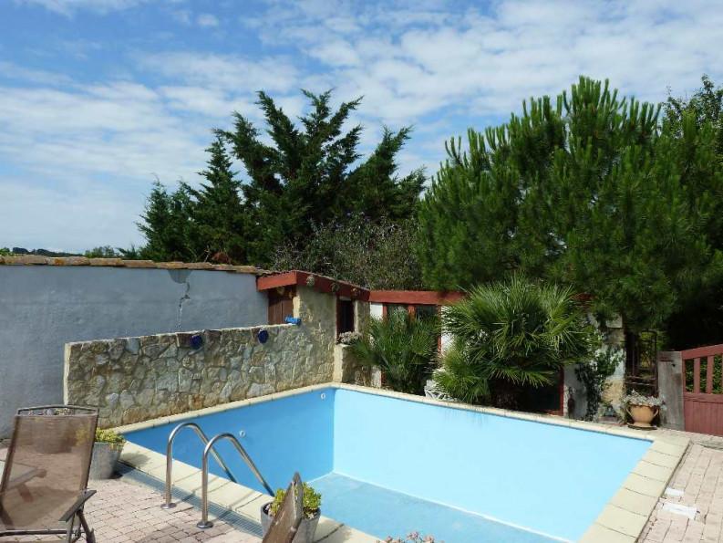 Maison de village en vente montreal r f 1201214442 for Vente piscine montreal
