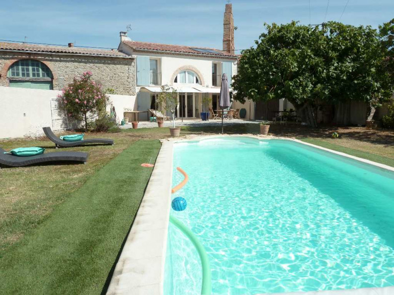 Maison en pierre en vente montreal rf 1201214655 for Vente piscine montreal