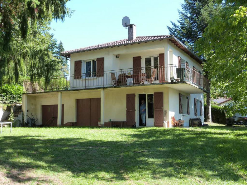 Maison en vente saint gerons r f 120159132 selection for Garage 4x4 saint sauves d auvergne