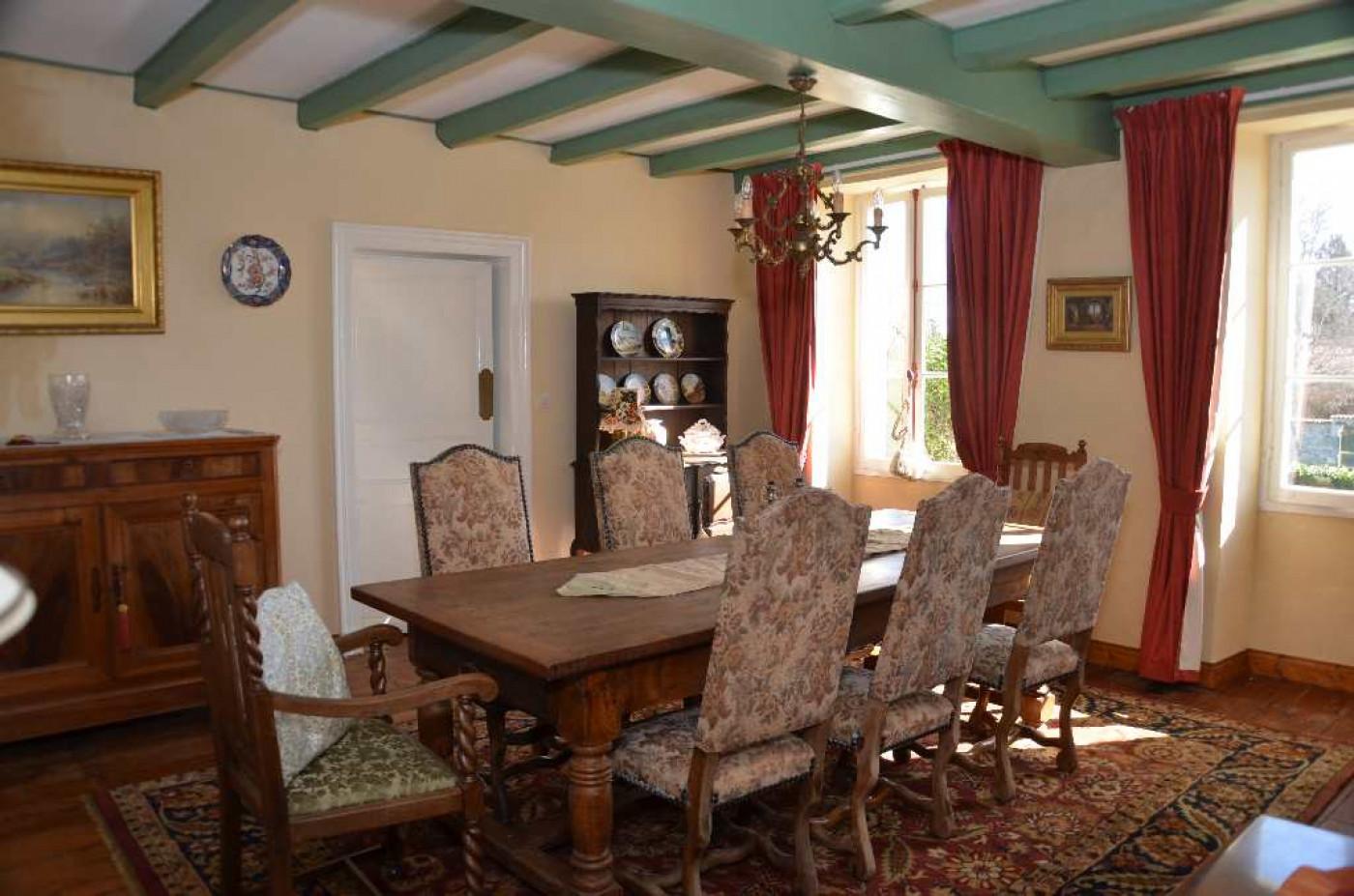 A vendre Saint Porchaire 1201815626 Hamilton
