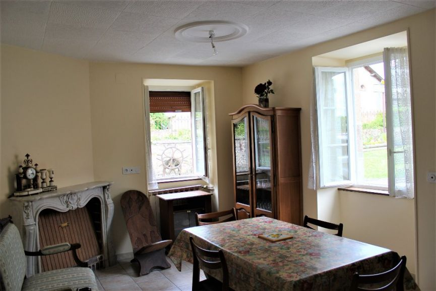 cout maison 150m2 top excellent a vendre fromental selection habitat with prix maison m with. Black Bedroom Furniture Sets. Home Design Ideas