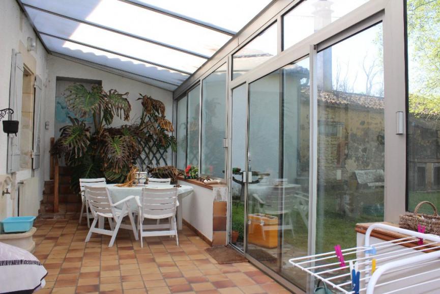 maison bourgeoise en vente l 39 isle jourdain r f 1201816599 selection habitat. Black Bedroom Furniture Sets. Home Design Ideas