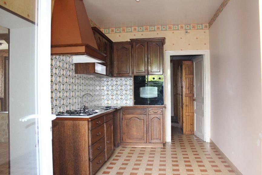 Maison en vente lussac les chateaux rf 1201817137 for Garage lussac les chateaux