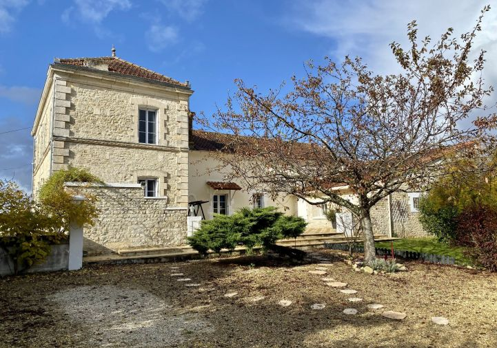 A vendre Maison de campagne La Chapelle | R�f 1201818347 - Selection habitat