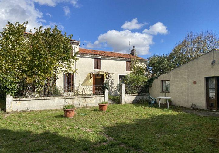 A vendre Maison de campagne Matha | R�f 120182268 - Selection habitat