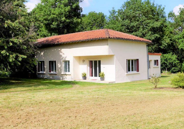 A vendre Alloue 1201824496 Selection habitat