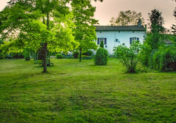 A vendre Oradour Fanais 1201832582 Selection habitat